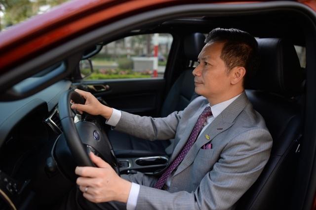 Những bật mí của vị chủ tịch triệu đô không sở hữu chiếc xe nào - 3