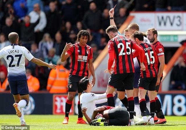 Nhìn lại tình huống Tottenham thất bại vì 2 chiếc thẻ đỏ oan nghiệt - 4