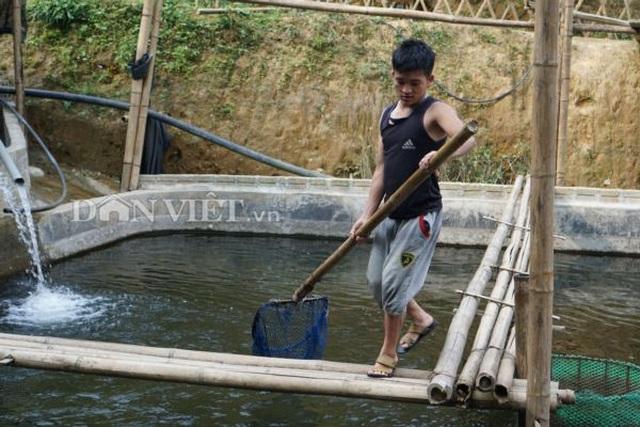Trai Hà thành bỏ nghề giáo viên, bén duyên với cá...tên lửa - 4