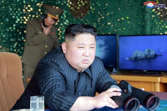 Dàn vũ khí Triều Tiên khai hỏa trong cuộc tập trận phòng thủ - 1