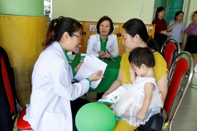 Trẻ suy dinh dưỡng sẽ được chăm sóc dinh dưỡng và uống sữa miễn phí - 5