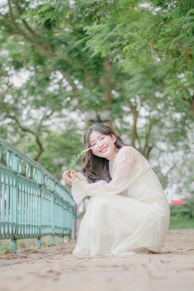 """""""Nàng thơ"""" xứ Thanh đẹp dịu dàng như hoa như sương - 5"""