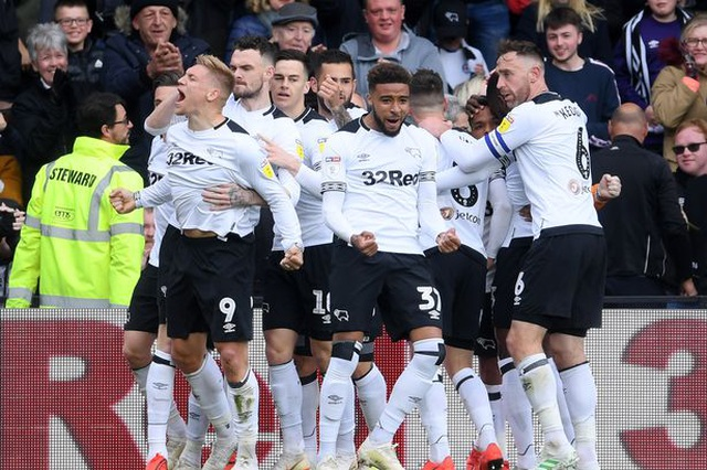 Norwich vô địch, Lampard tranh vé vớt thăng hạng Premier League - 2