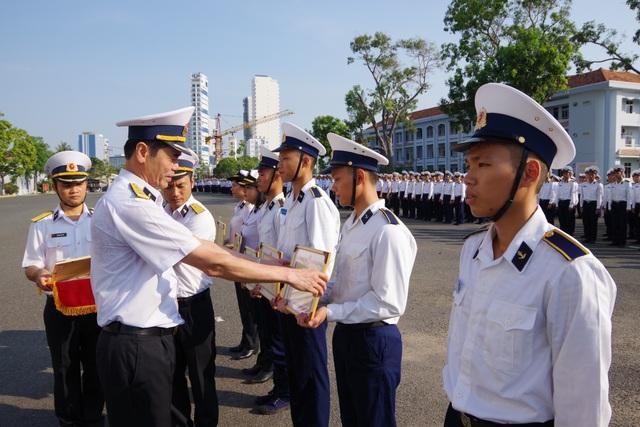 Học viện Hải Quân khen thưởng thành tích học viên dự thi Olympic Toán học - 1