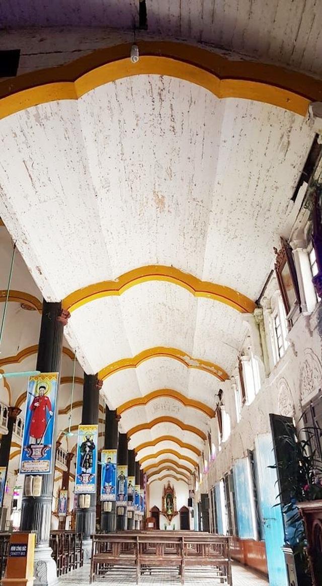 Cận cảnh thánh đường Bùi Chu 134 tuổi trước nguy cơ bị dỡ bỏ - 14