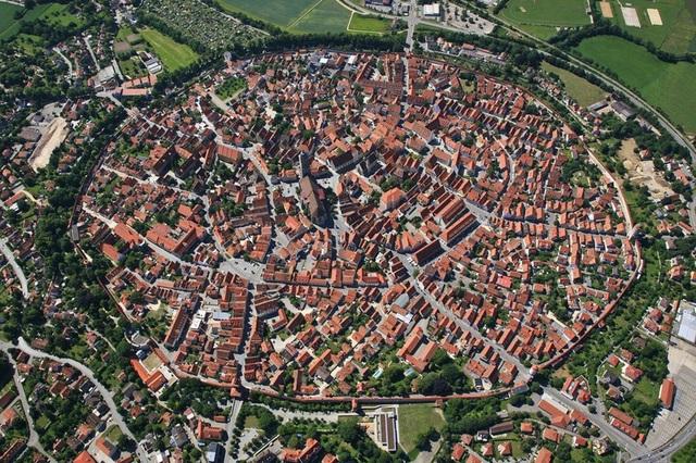 Ấn tượng với quy hoạch thành phố độc đáo nhìn từ trên cao - 6