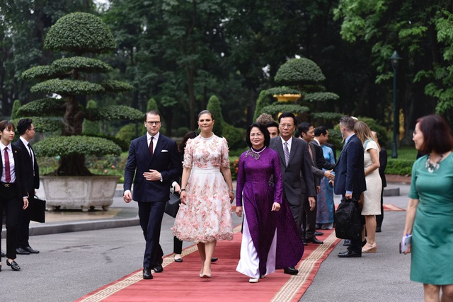 Phó Chủ tịch nước Đặng Thị Ngọc Thịnh chủ trì lễ đón Công chúa Thụy Điển - 1
