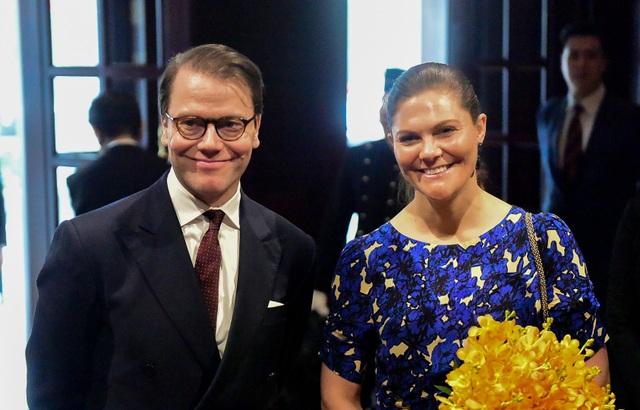 Công chúa Thụy Điển thăm căn hầm trú bom dưới khách sạn 5 sao ở Hà Nội - 9