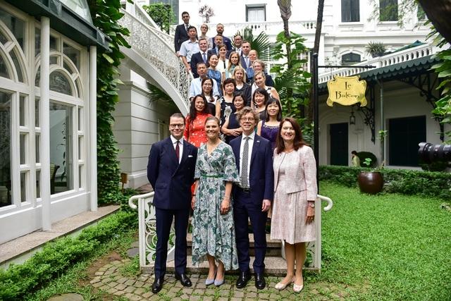 Công chúa Thụy Điển thăm căn hầm trú bom dưới khách sạn 5 sao ở Hà Nội - 11