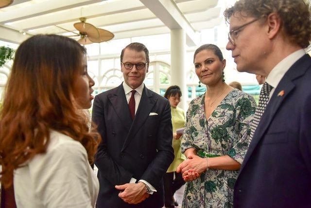 Công chúa Thụy Điển thăm căn hầm trú bom dưới khách sạn 5 sao ở Hà Nội - 6
