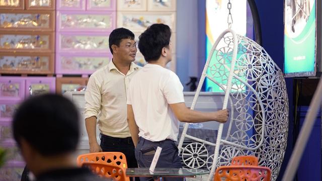 Đại sứ hàng Việt bất ngờ khi thấy thiết bị nội thất ở nhà mình có mặt… tại hội chợ! - 2