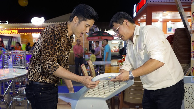 Đại sứ hàng Việt bất ngờ khi thấy thiết bị nội thất ở nhà mình có mặt… tại hội chợ! - 4