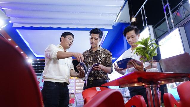 Đại sứ hàng Việt bất ngờ khi thấy thiết bị nội thất ở nhà mình có mặt… tại hội chợ! - 5