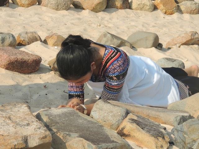 Đặc sắc lễ tảo mộ trong ngày hội Ramưwan của người Chăm - 2