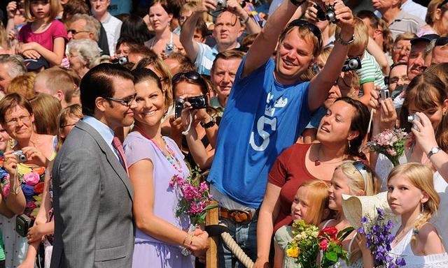 Công chúa kế vị Thụy Điển thành thạo 3 ngoại ngữ - 2