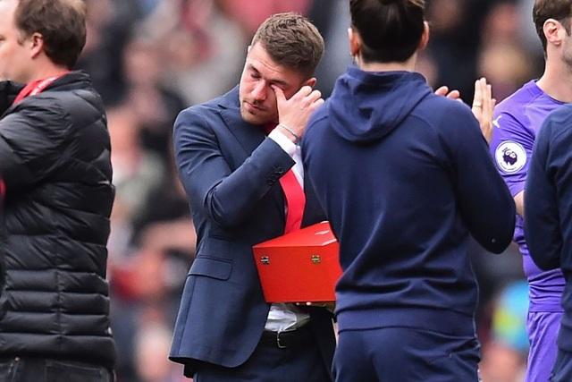 """Arsenal xác nhận chia tay """"chân gỗ"""" Welbeck - 3"""