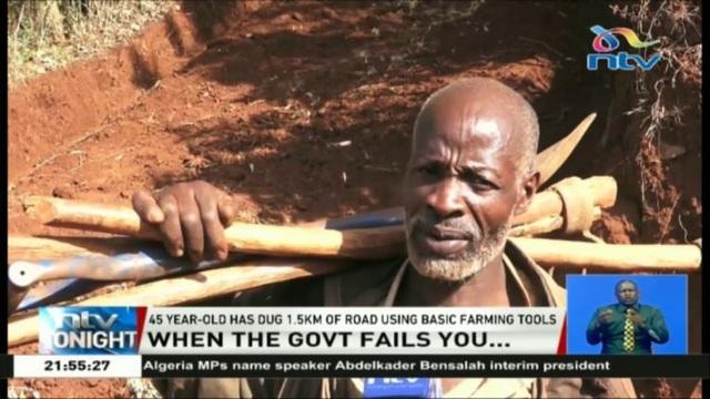 Phát ốm vì chờ đợi chính quyền, người đàn ông Kenya tự đào đường trong 6 ngày - 1