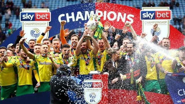 Norwich vô địch, Lampard tranh vé vớt thăng hạng Premier League - 1