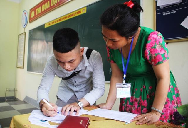 Thi THPT quốc gia 2019: Giáo viên chấm môn thi tự luận tại Nghệ An sẽ ăn ở tập trung - 2