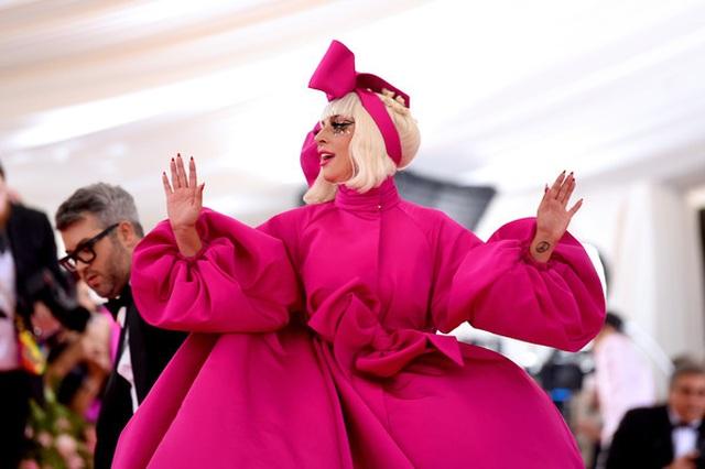 Loạt trang phục nổi bật của Lady Gaga tại Met gala 2019 - 10
