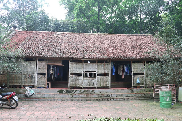 Ngôi nhà hơn 200 tuổi đặc trưng Bắc Bộ hiếm có ở Hà Nội - 1
