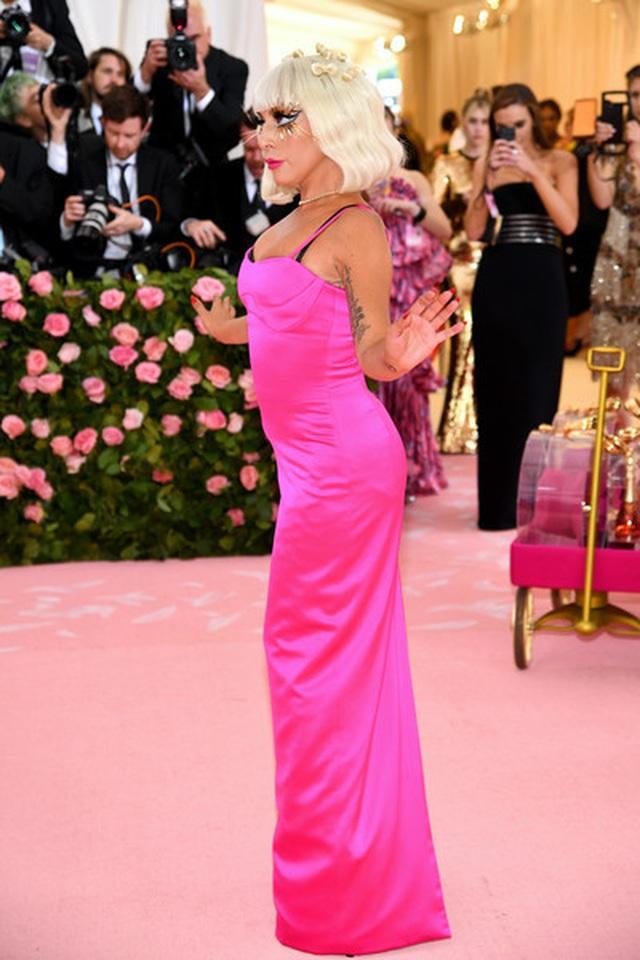 Loạt trang phục nổi bật của Lady Gaga tại Met gala 2019 - 11