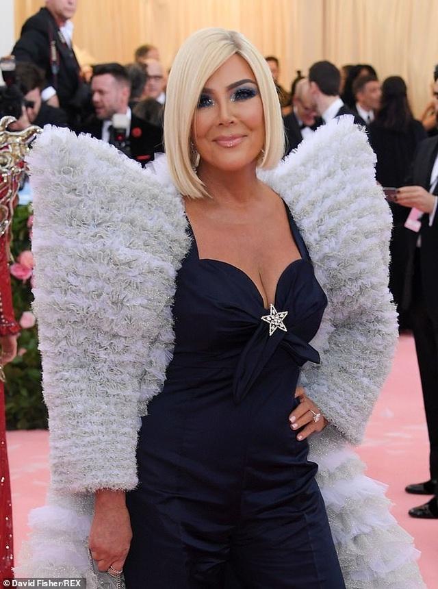 Gwen Stefani trẻ đẹp ngỡ ngàng ở tuổi 50 - 6