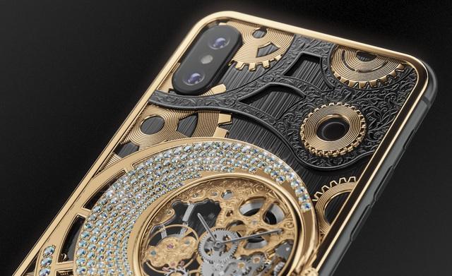 iPhone XS phiên bản mạ vàng, đính kim cương, giá hơn 550 triệu đồng - 2