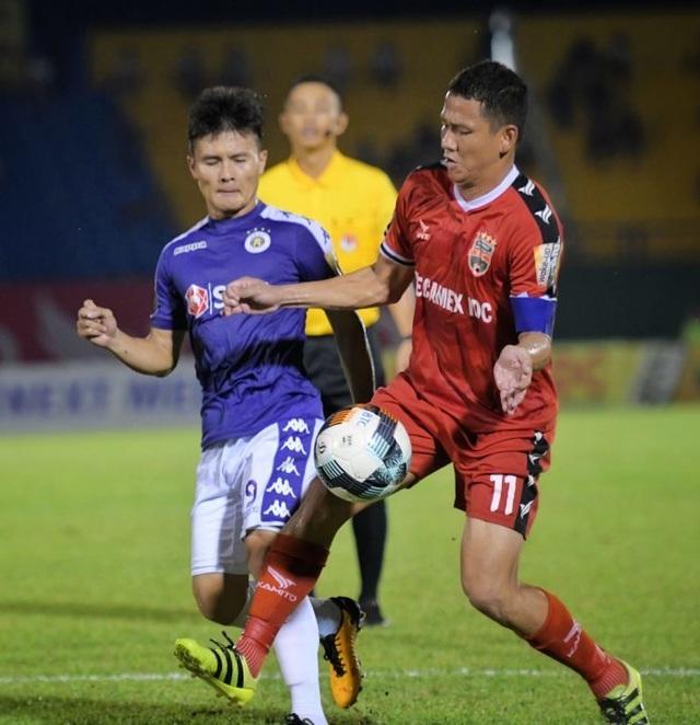 Vòng 8 V-League: Những đội bóng lớn tránh suất xuống hạng - 2