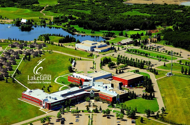 Cơ hội làm việc, định cư tại Canada với chi phí siêu hợp lý và thời gian học ngắn tại Lakeland College - 1
