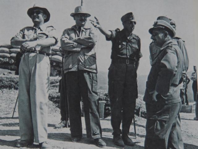 Pháp chuẩn bị cho Pháo đài bất khả xâm phạm Điện Biên Phủ như thế nào? - 13
