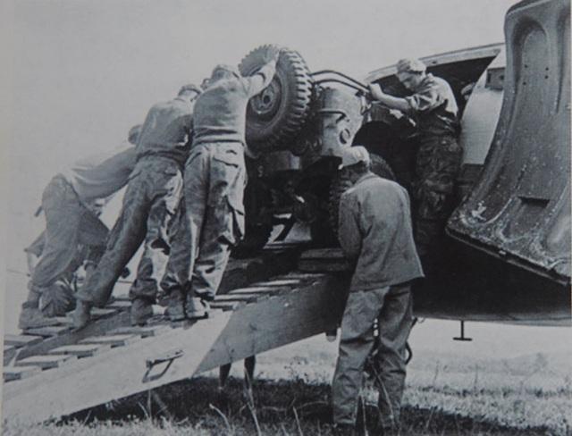 Pháp chuẩn bị cho Pháo đài bất khả xâm phạm Điện Biên Phủ như thế nào? - 8