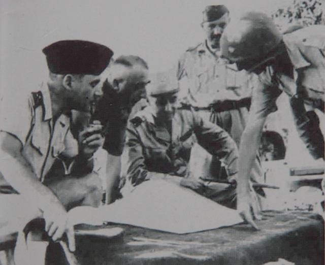 Pháp chuẩn bị cho Pháo đài bất khả xâm phạm Điện Biên Phủ như thế nào? - 14