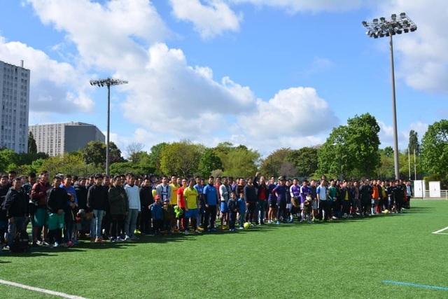 Tưng bừng dấu mốc 20 năm Giải bóng đá sinh viên Việt Nam tại Pháp - 1