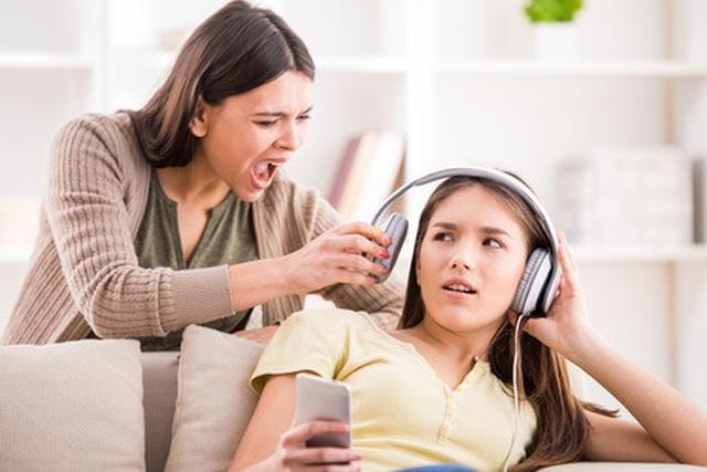 Vì sao giới trẻ thường ích kỷ và thô lỗ? - 2