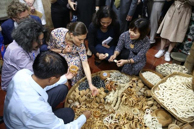 Công chúa Thụy Điển thăm Văn Miếu, ca ngợi tình hữu nghị lâu bền với Việt Nam - 13
