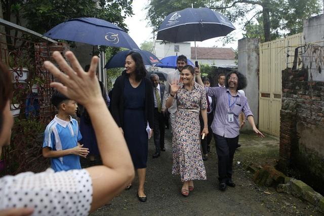 Công chúa Thụy Điển thăm Văn Miếu, ca ngợi tình hữu nghị lâu bền với Việt Nam - 12