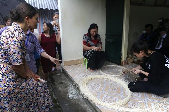 Công chúa Thụy Điển thăm Văn Miếu, ca ngợi tình hữu nghị lâu bền với Việt Nam - 15