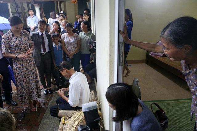 Công chúa Thụy Điển thăm Văn Miếu, ca ngợi tình hữu nghị lâu bền với Việt Nam - 17