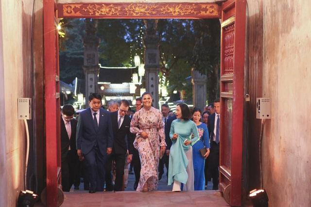 Công chúa Thụy Điển thăm Văn Miếu, ca ngợi tình hữu nghị lâu bền với Việt Nam - 6