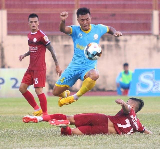 Vòng 13 V-League 2019: Cuộc chiến ngôi đầu bảng - 2