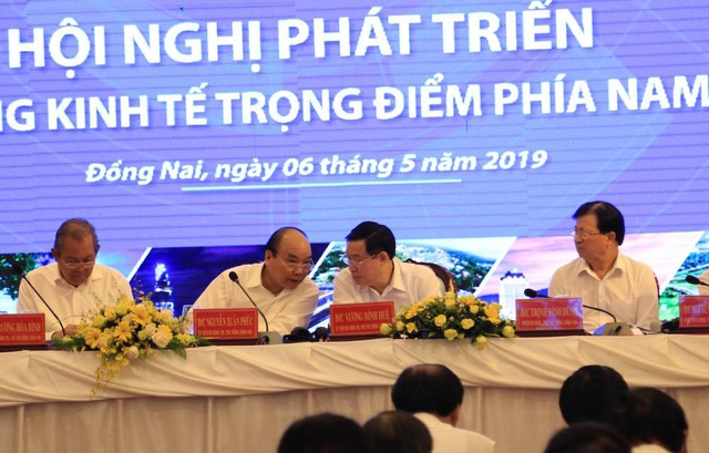 Thủ tướng và 2 Phó Thủ tướng chỉ đạo về liên kết vùng kinh tế trọng điểm phía Nam - 1