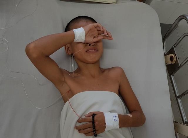 Xót xa cậu học trò nghèo bị nhiễm uốn ván trong lúc đi lượm ve chai - 4