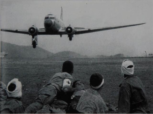 Quân Pháp khốn quẫn như thế nào những ngày cuối cùng ở Điện Biên Phủ? - 10