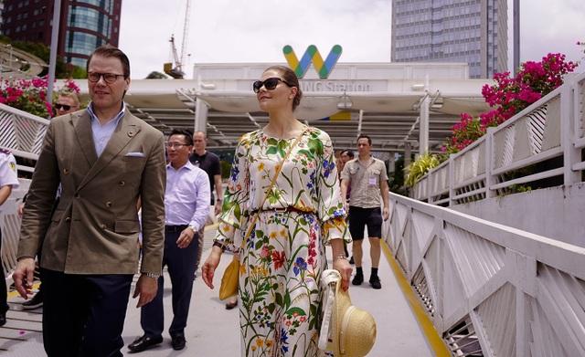 Công chúa Thụy Điển lướt ca nô du ngoạn sông Sài Gòn - 4