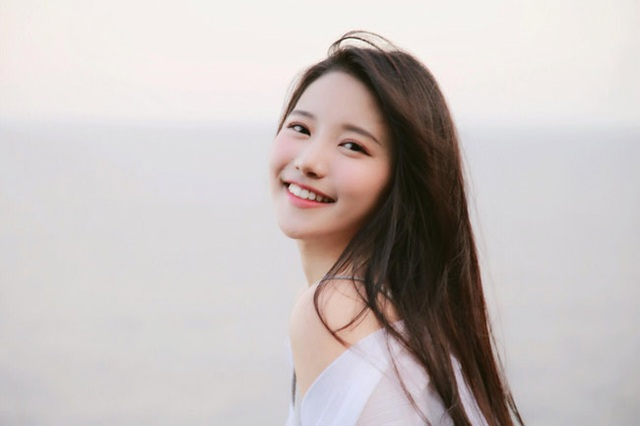 4 cô gái đẹp Trung Quốc thu tiền tỷ bằng cách không ngờ này - 15