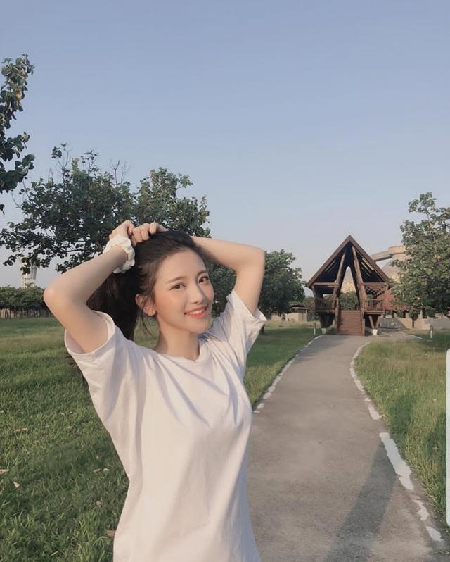 4 cô gái đẹp Trung Quốc thu tiền tỷ bằng cách không ngờ này - 16