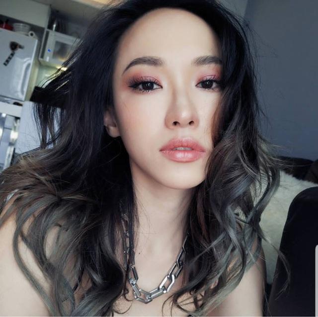 4 cô gái đẹp Trung Quốc thu tiền tỷ bằng cách không ngờ này - 8