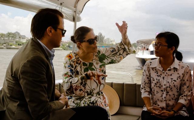 Công chúa Thụy Điển lướt ca nô du ngoạn sông Sài Gòn - 9