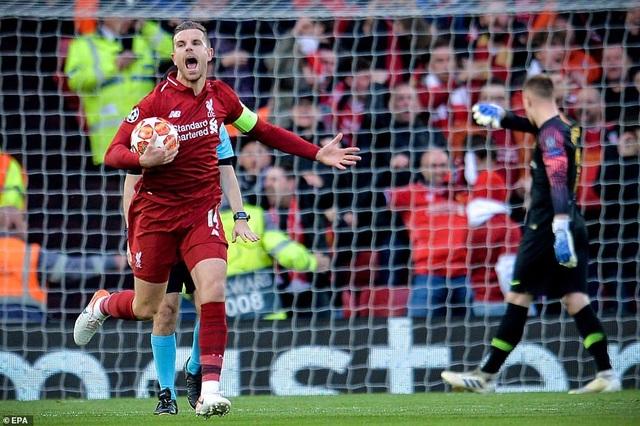 """Những khoảnh khắc kinh điển trong ngày Liverpool """"hủy diệt"""" Barcelona - 3"""